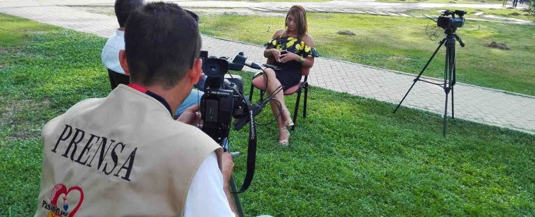 Adela Luna - Canal TV Costa