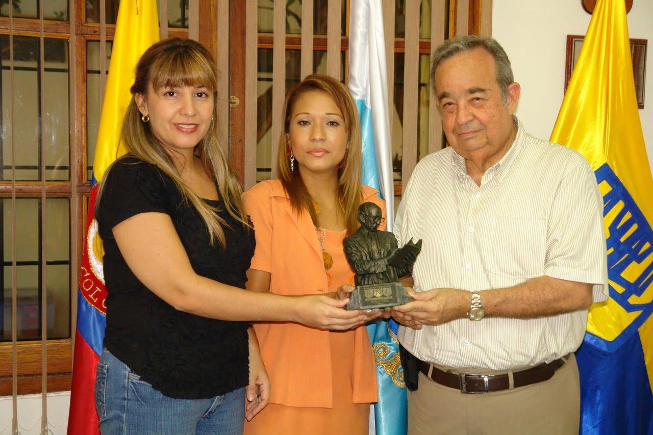 Adela Luna Premio de Periodismo Rodrigo Noguera Laborde