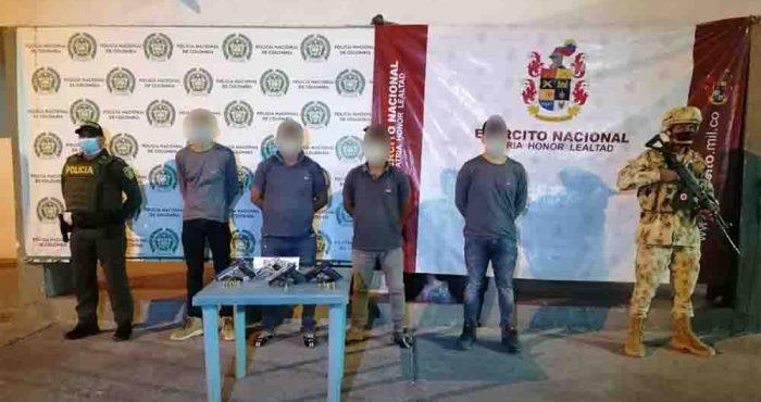 Ejército Nacional capturó a cuatro sujetos por porte ilegal de armas en Maicao