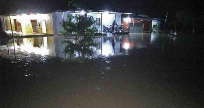 Gobernación del Magdalena atiende inundaciones en Sevilla y Guacamayal por creciente súbita del río Sevilla
