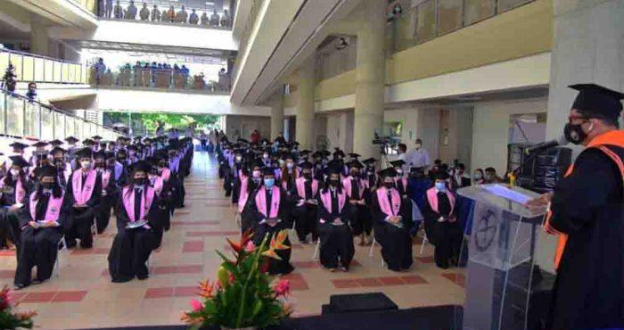 UNIMAGDALENA gradúa a 112 nuevos profesionales de Ciencias de la Salud